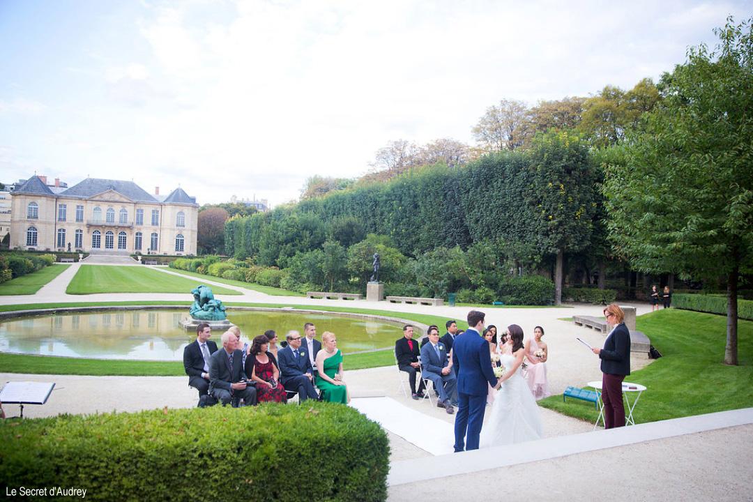 Officiant Paris wedding