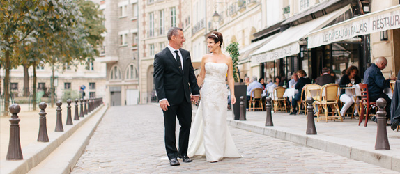 officiant,celebrant,wedding,Paris