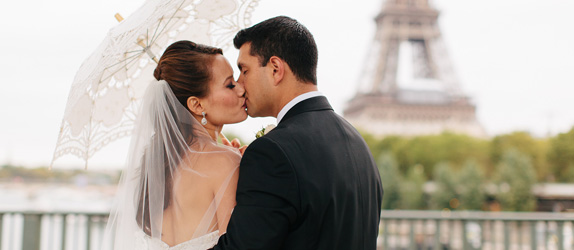 officiant wedding celebrant Paris