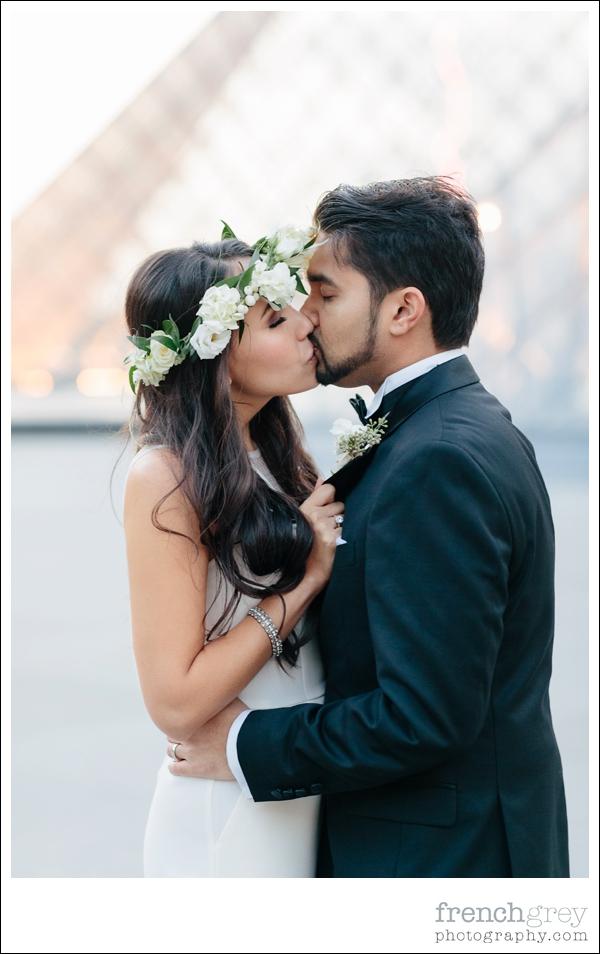 wedding celebrant Paris